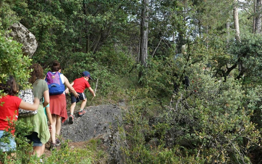 10+1 idees creatives per motivar les nenes i els nens durant una excursió