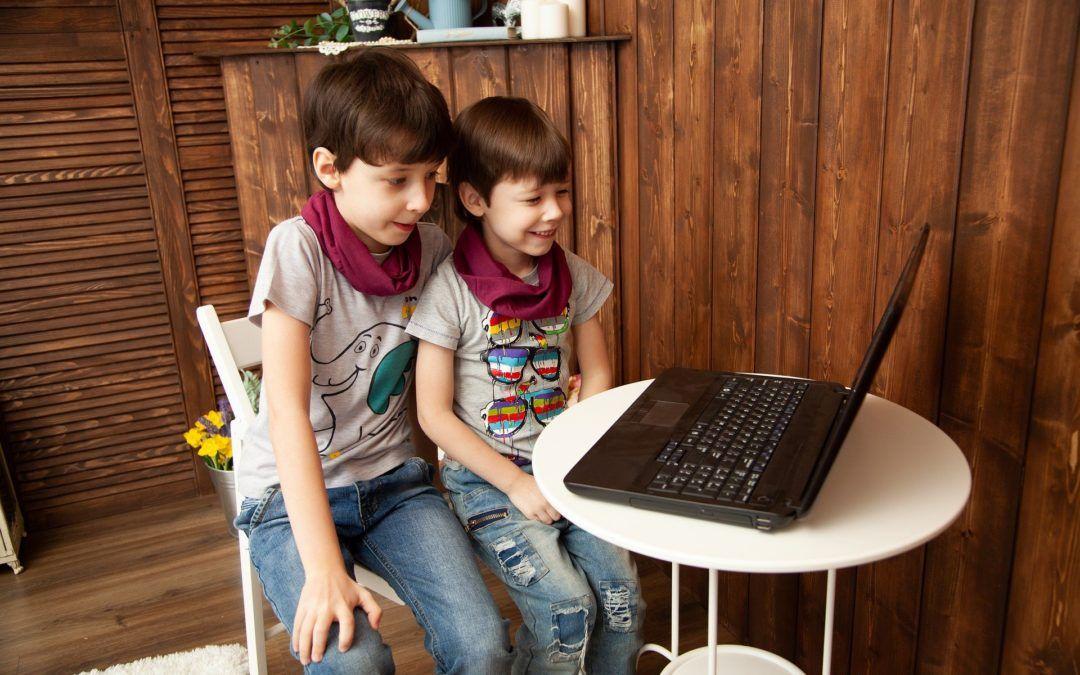 """9 Jocs """"de taula"""" online per a les reunions familiars a distància"""