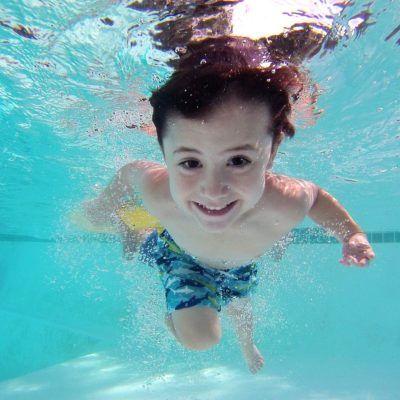 9 jocs divertits per jugar a la piscina!