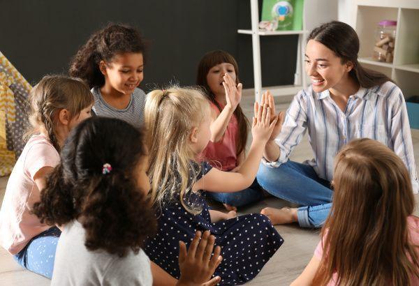 Activitats-angles-escola-Fundesplai